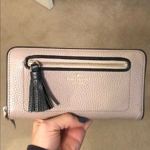 Kate spade chester street neda clutch wallet